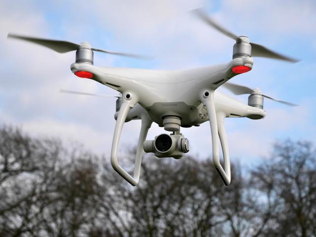 DJI PHANTOM 4 Smart Drone